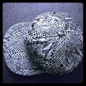 Other - Vintage 90's Faux Snakeskin Cap